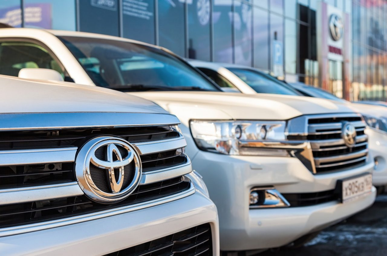 car dealerships that work with bad credit near me
