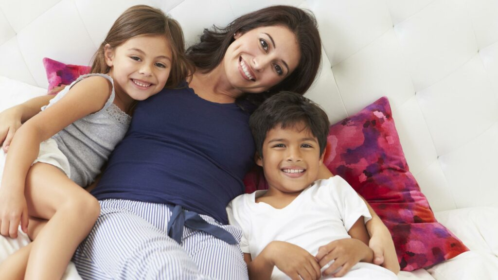 scholarships for Single Mom To studies abroad